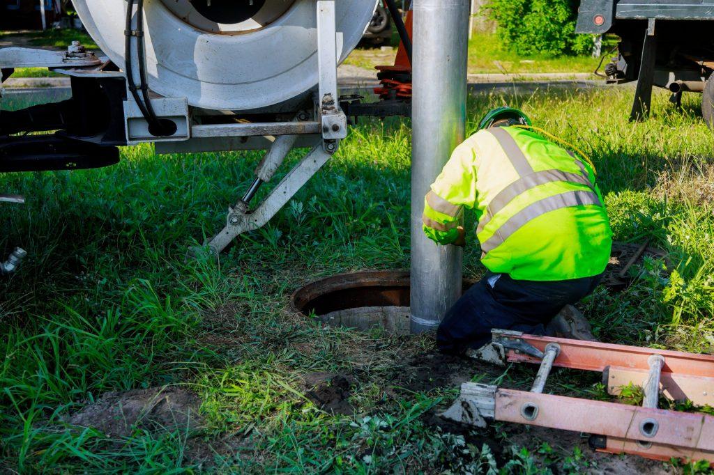 septic tank repair company Breslau